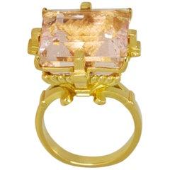 Altar of Eros Ring in 18 Karat Gold with 23.45ct Peachy Pink Brazilian Morganite