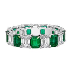 Roman Malakov Alternating Emerald and Diamond Eternity Wedding Band