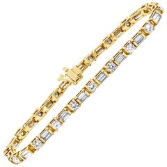Alternating Round and Baguette Diamond Yellow Gold Tennis Bracelet