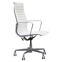 Aluminum Group Executive Desk Chair by Charles Eames for Herman Miller, Signed