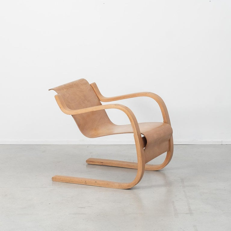 Huonekalu-ja Rakennustyötehdas  As an architect and designer, Alvar Aalto (1898-1976) should be celebrated for bringing Scandinavian modernism to global prominence. His sensitivity to the natural world, organic forms and materials tempered the