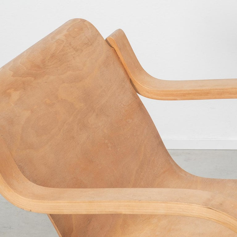 Modern Alvar Aalto 31 Lounge Chair for the Paimio Sanitorium, Finland, 1931 For Sale