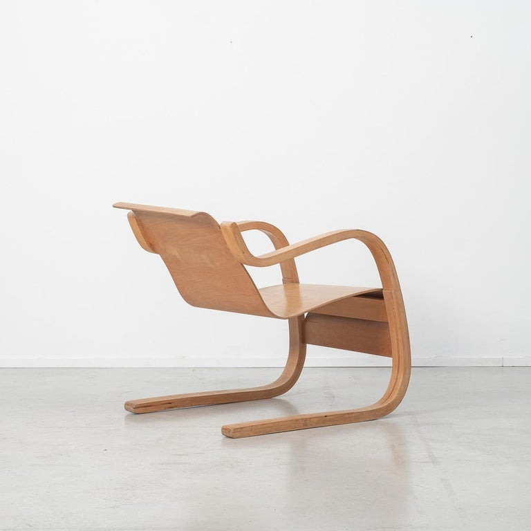 Alvar Aalto 31 Lounge Chair for the Paimio Sanitorium, Finland, 1931 In Excellent Condition For Sale In London, GB