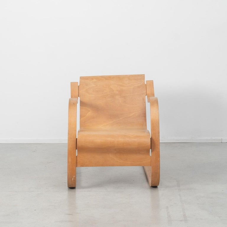 Mid-20th Century Alvar Aalto 31 Lounge Chair for the Paimio Sanitorium, Finland, 1931 For Sale