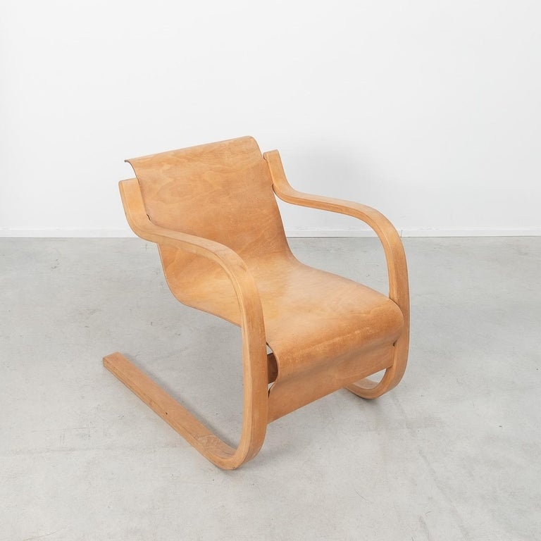 Alvar Aalto 31 Lounge Chair for the Paimio Sanitorium, Finland, 1931 For Sale 1