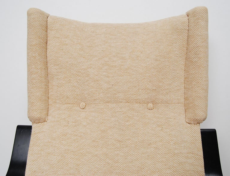 Alvar Aalto 401 Wingback Lounge Chair for Artek, Finland In Good Condition In Stockholm, SE