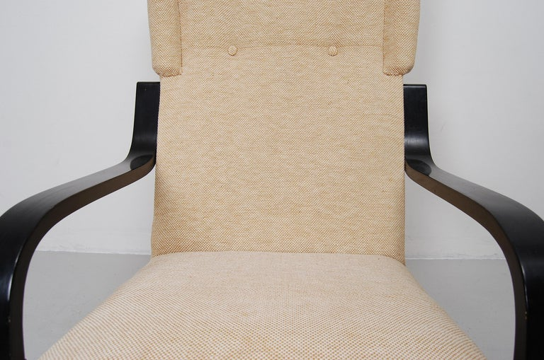 20th Century Alvar Aalto 401 Wingback Lounge Chair for Artek, Finland