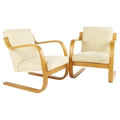 Alvar Aalto 402 Series for Artek Mid Century Cantilever Lounge Chairs, Pair