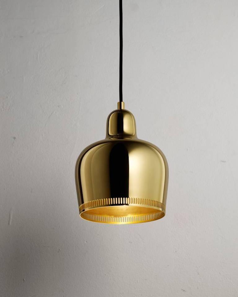 Alvar Aalto A330s 'Golden Bell' Black Pendant Light for Artek For Sale 3
