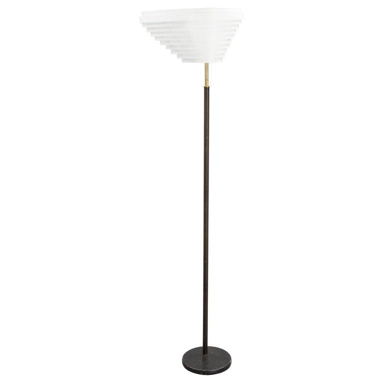 "Alvar Aalto ""Angel Wing"" Floor Lamp A805 by Valaistustyö, Finland, 1954 For Sale"