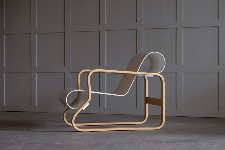 Mid-20th Century Alvar Aalto Armchair 41