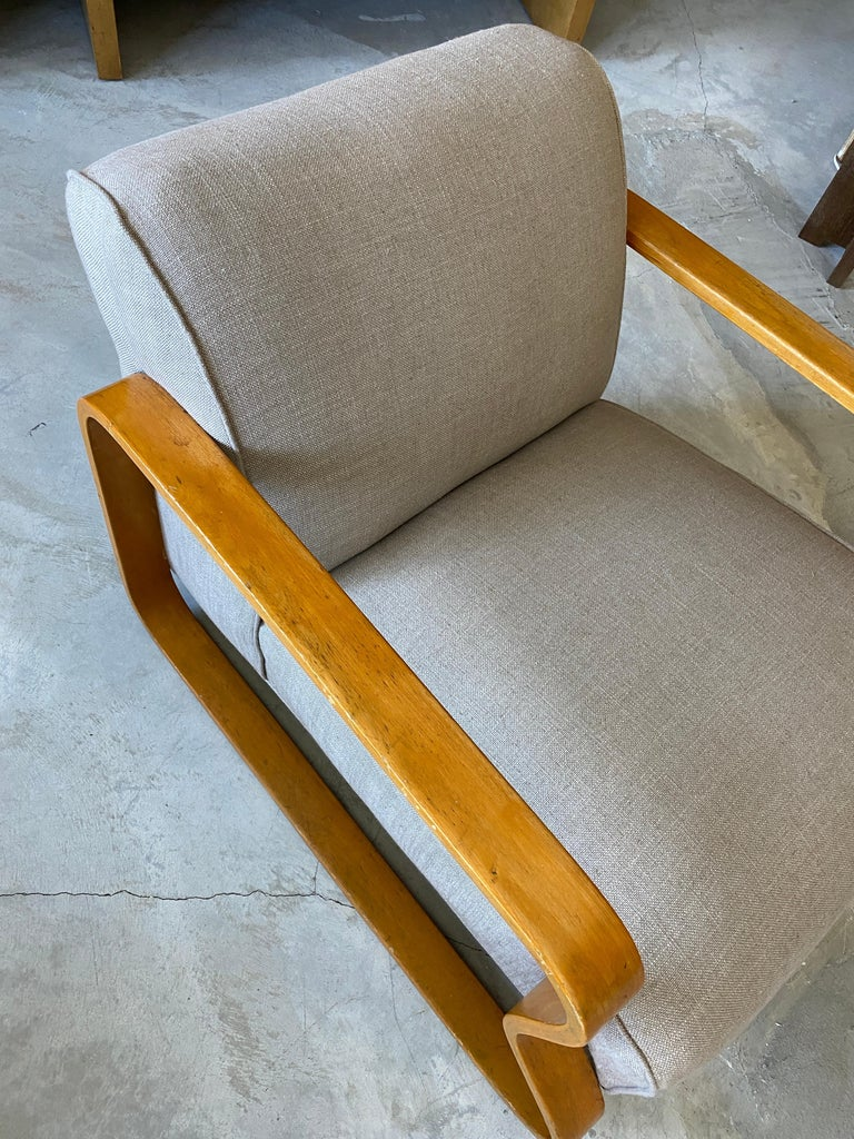Alvar Aalto, Early Model 44 Lounge Chair, Birch, Fabric, Finmar Ltd, 1930s In Good Condition For Sale In West Palm Beach, FL