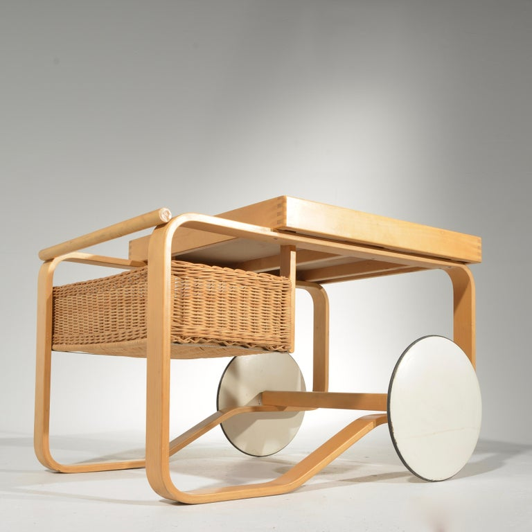Alvar Aalto for Artek Tea Cart Model 900 For Sale 2