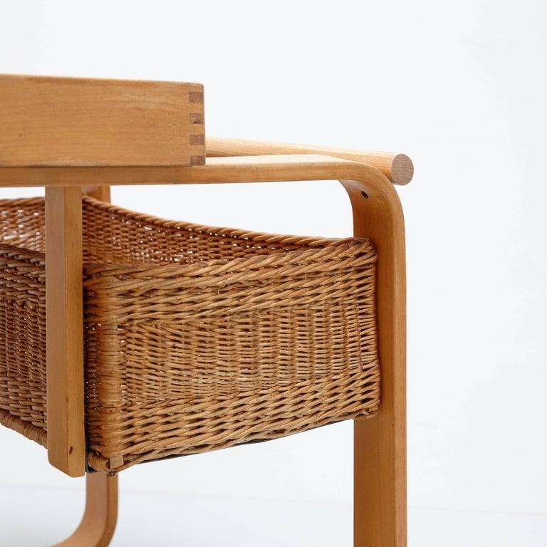 Alvar Aalto Mid-Century Modern Wood, Tiles and Rattan Tea Trolley Model 900 For Sale 6