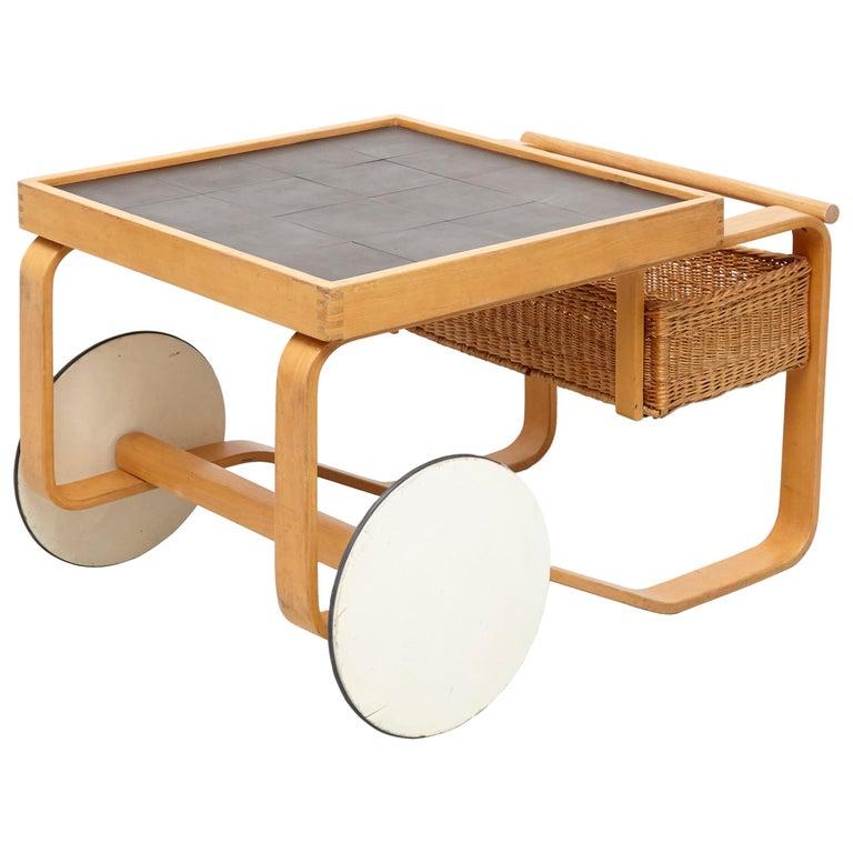 Alvar Aalto Mid-Century Modern Wood, Tiles and Rattan Tea Trolley Model 900 For Sale