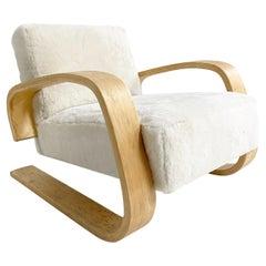 """Alvar Aalto Model 400 """"Tank"""" Lounge Chair in Shearling"""