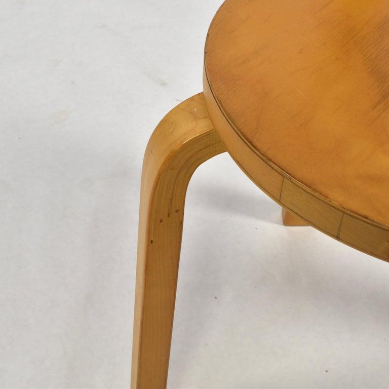 Alvar Aalto Model 68 Chair for Artek, Finland, circa 1970 For Sale 3