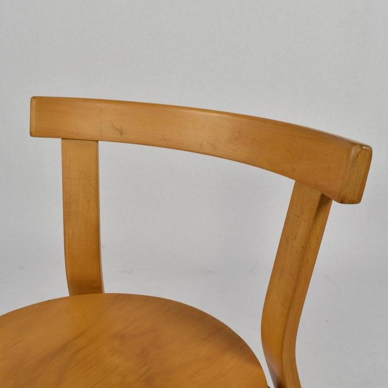 Late 20th Century Alvar Aalto Model 68 Chair for Artek, Finland, circa 1970 For Sale