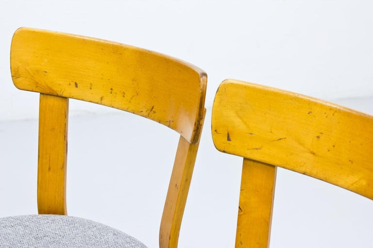 Alvar Aalto, Model 69 Chair, Set of 2 For Sale 3