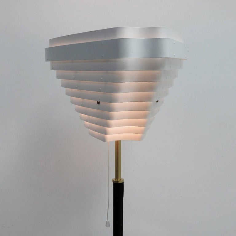 Alvar Aalto Model A805 'Angel Wing' Floor Lamp For Sale 3