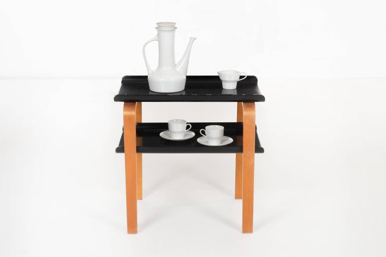 Alvar Aalto Paimio Side Table for Artek In Good Condition For Sale In Chicago, IL