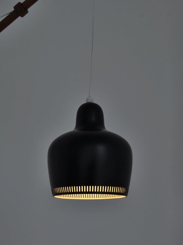 Alvar Aalto Pendant Wall Lamp, Louis Poulsen, 1960s Scandinavian Modern In Good Condition For Sale In Odense, DK