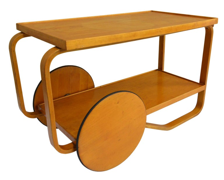 Alvar Aalto Rolling Cart In Good Condition For Sale In Brooklyn/Toronto, Ontario