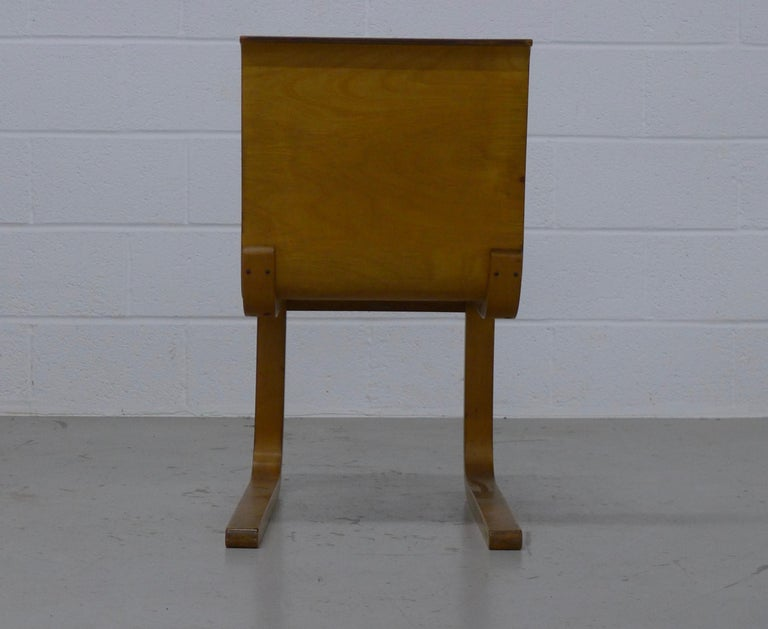 Alvar Aalto, Finland, Type 21 cantilevered chair formed from molded plywood and produced in the 1930s. Label to underside.