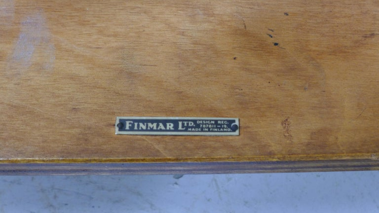 Alvar Aalto Type 21 Chair Molded Plywood, Finmar Label, 1930s In Good Condition For Sale In Wargrave, Berkshire