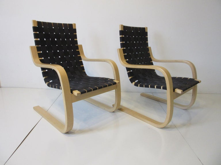 Alvar Alto 406 Woven Lounge Chairs For Sale 4