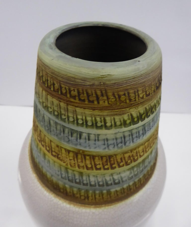 Alvino Bagni for Bitossi Large Italian Modern Sgrafitto Ceramic Vase, 1960s In Good Condition For Sale In Miami, FL