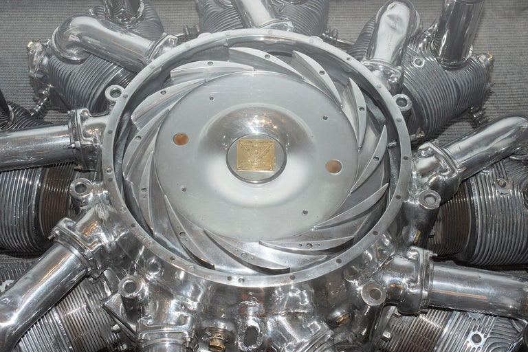 Alvis Leonides Aircraft Engine Coffee Table In New Condition For Sale In Paris, FR