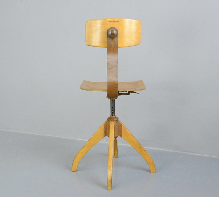 Plywood Ama Elastik Factory Chair, circa 1930s For Sale