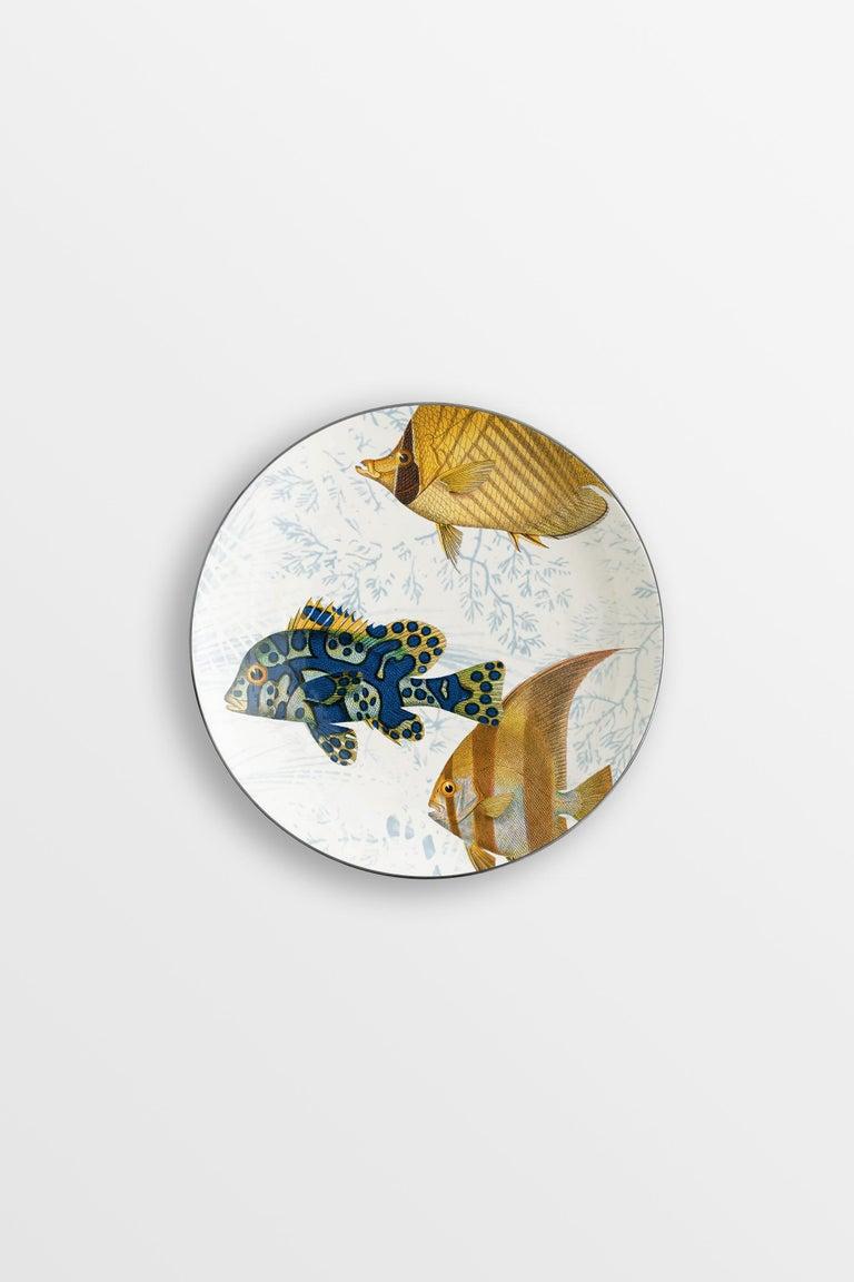 Italian Amami, Six Contemporary Porcelain Dessert Plates with Decorative Design For Sale