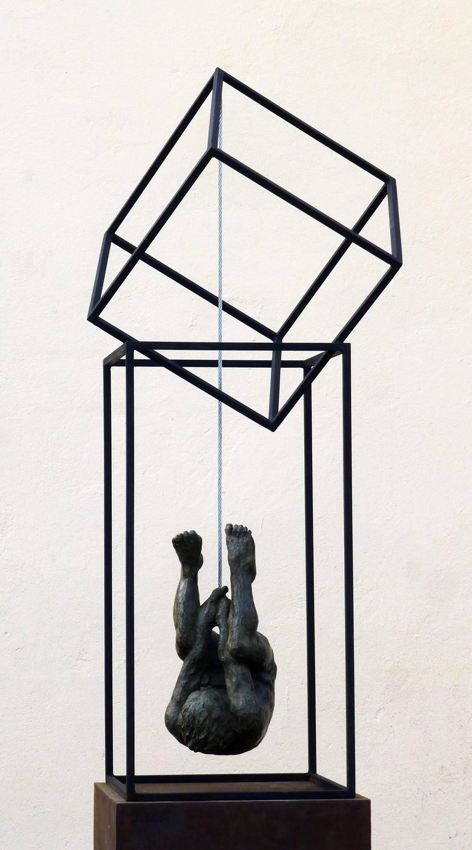 El Hombre Araña II - Contemporary Bronze Spanish Abstract Sculpture, 2017 For Sale 1
