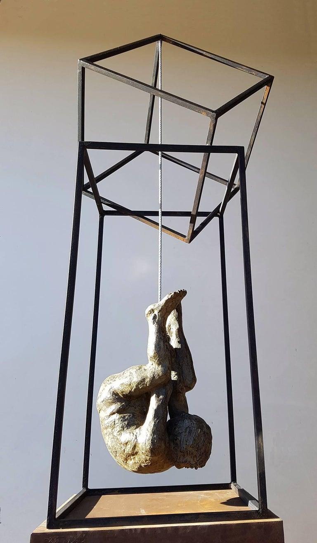 El Hombre Araña II - Contemporary Bronze Spanish Abstract Sculpture, 2017  Sculpture by the Spanish artist AMANCIO GONZALEZ bronze. Series limited to 7 copies+ III PA Fantastic piece of art representing Spanish sculpture AMANCIO Gonzalez ( Leon 1965