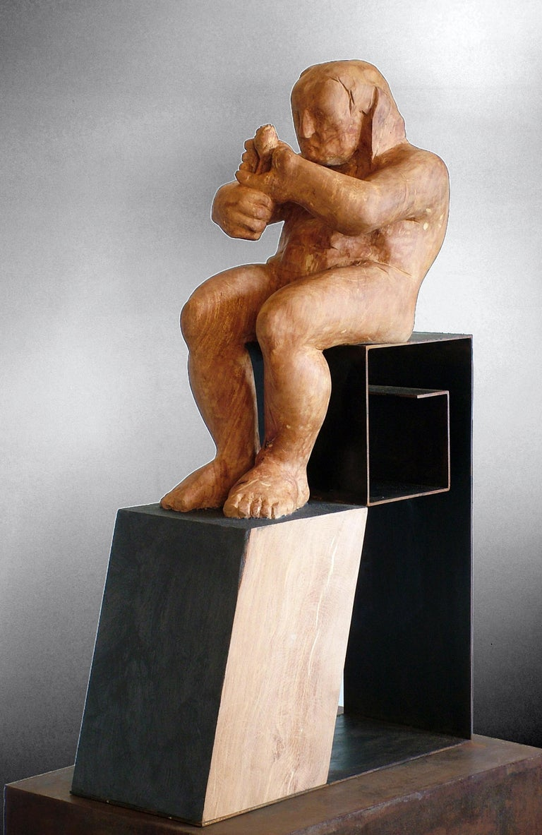 L´homme amoureux V. original wood sculpture For Sale 2