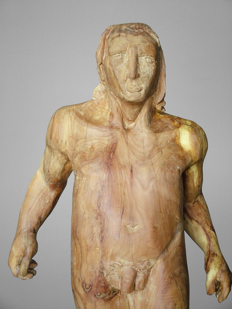 Perseo. wood. original  sculpture - Brown Figurative Sculpture by Amancio González Andrés