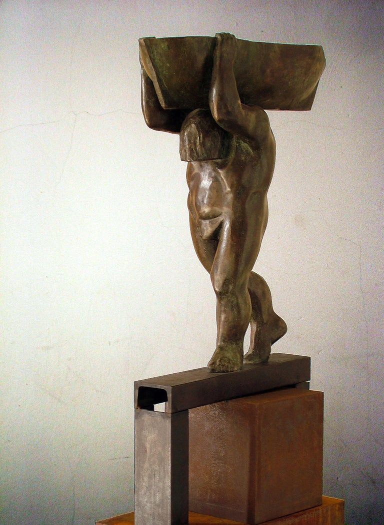 el hombre y el mar. original sculpture iron bronze - Abstract Expressionist Sculpture by Amancio Gonzalez Morera