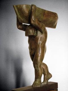 el hombre y el mar. original sculpture iron bronze