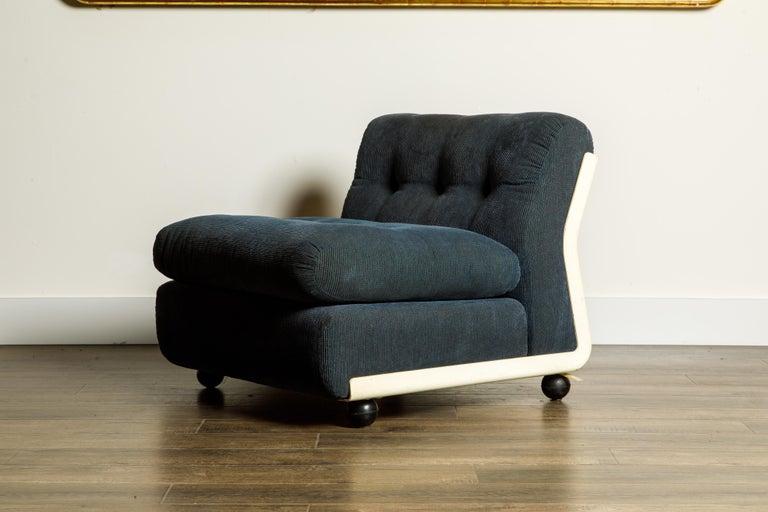 'Amanta' Fiberglass Lounge Chair by Mario Bellini for C&B Italia, c. 1966 Signed For Sale 8