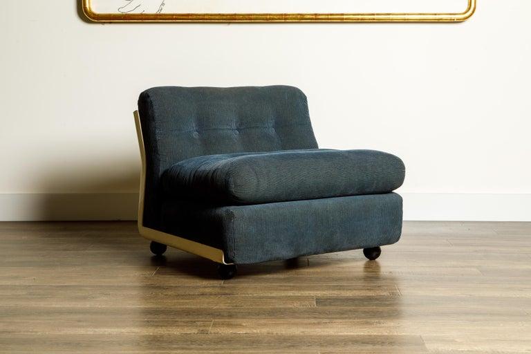 Mid-Century Modern 'Amanta' Fiberglass Lounge Chair by Mario Bellini for C&B Italia, c. 1966 Signed For Sale