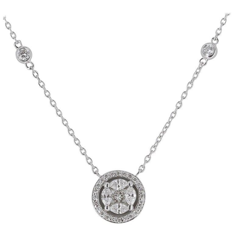 Amazing 0.57 Carat Marquise Diamond Pendant Necklace 18 Karat White Gold GVS For Sale