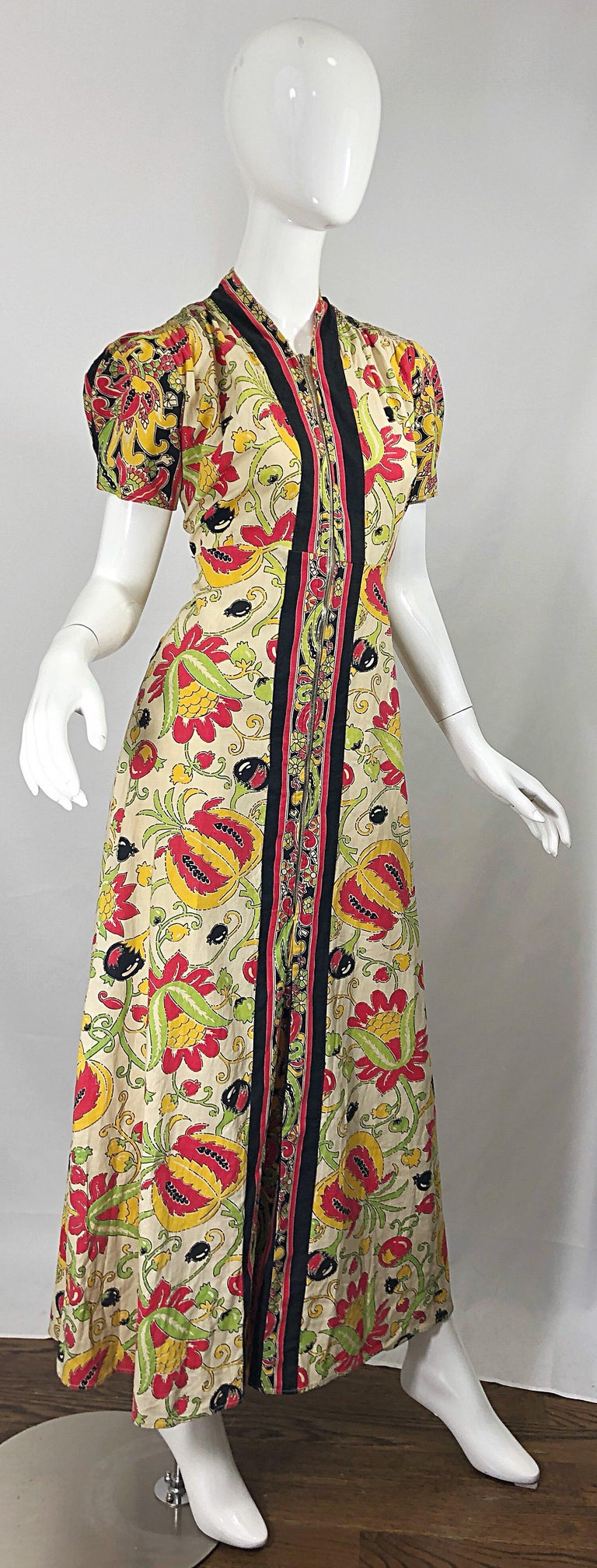 Women's Amazing 1940s Botanical Asian Inspired Paisley Cotton + Linen 40s Maxi Dress For Sale