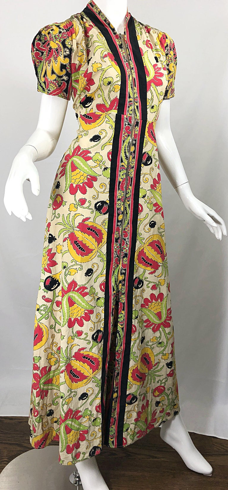 Amazing 1940s Botanical Asian Inspired Paisley Cotton + Linen 40s Maxi Dress For Sale 4