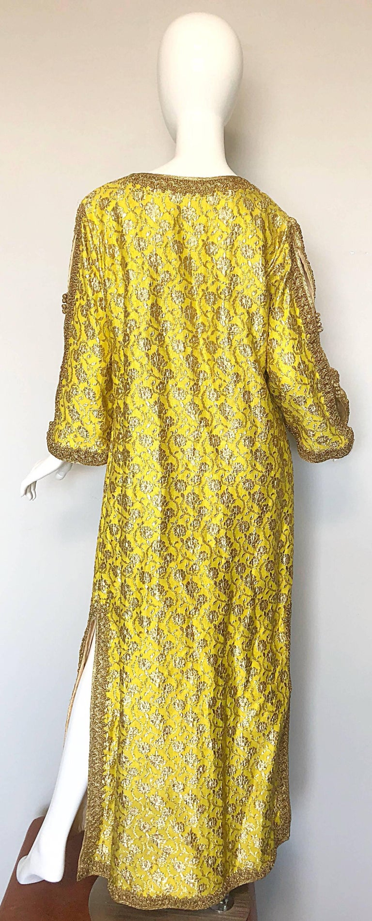 Women's Amazing 1960s Moroccan Couture Silk Brocade Yellow + Gold Caftan 60s Maxi Dress For Sale
