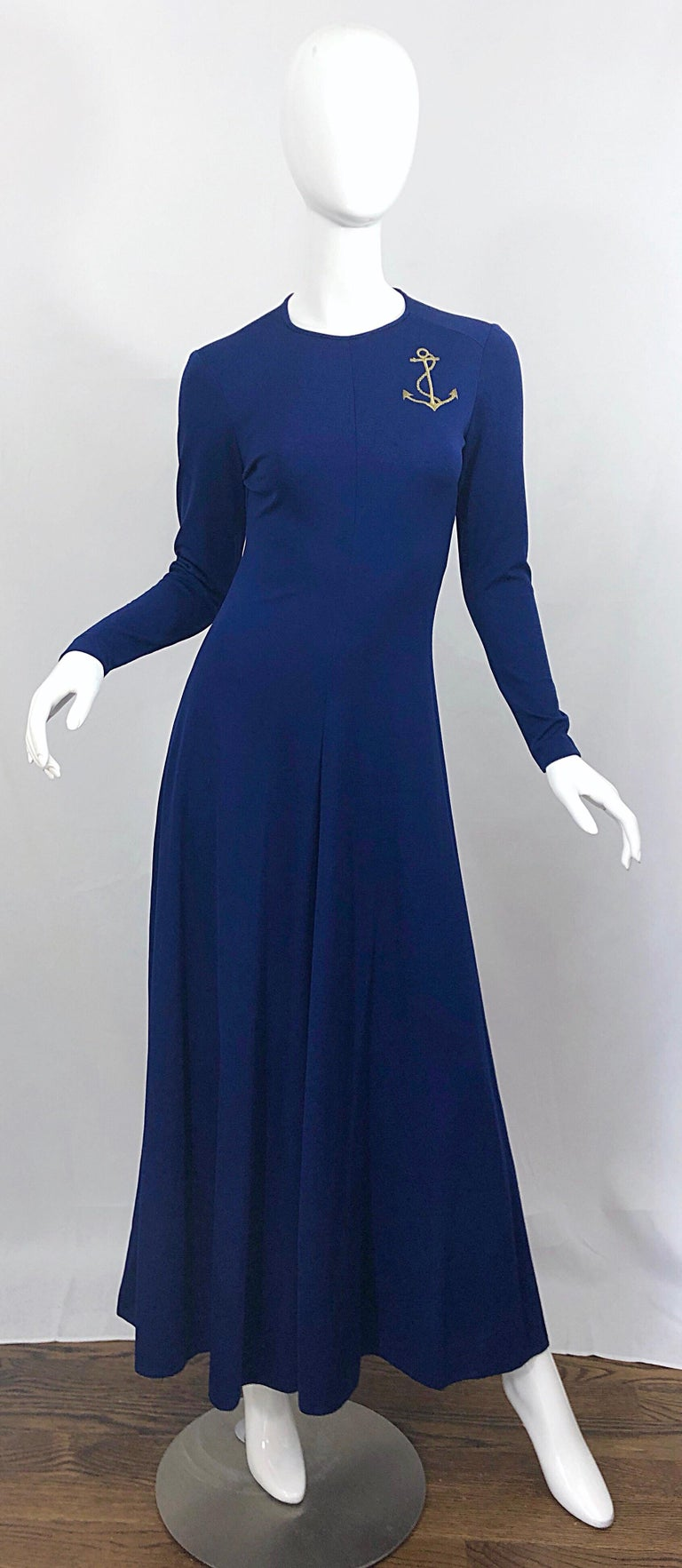 Amazing 1970s Nautical Navy Blue + Gold Anchor Patch Vintage Jersey maxi Dress For Sale 5