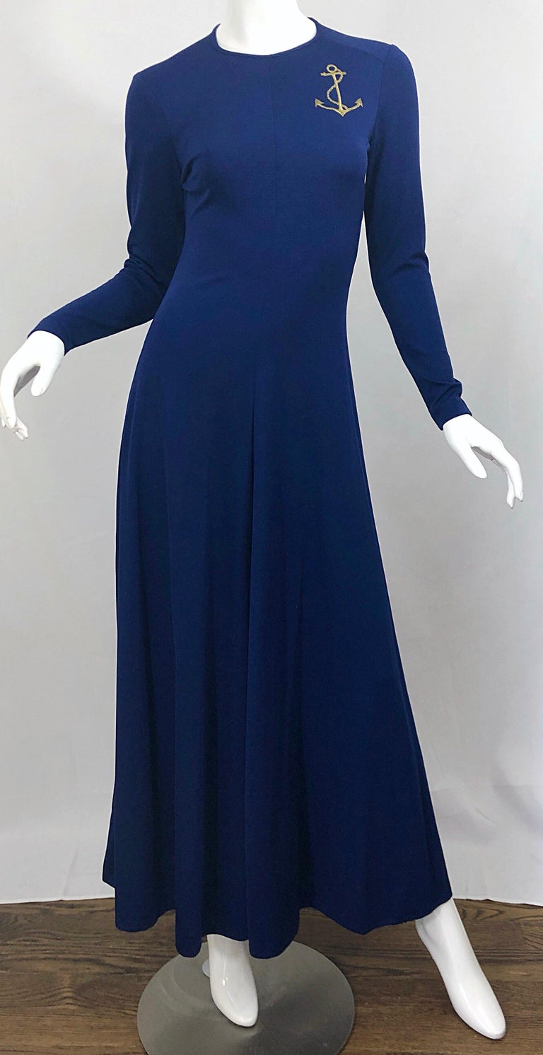 Amazing 1970s Nautical Navy Blue + Gold Anchor Patch Vintage Jersey maxi Dress For Sale 2