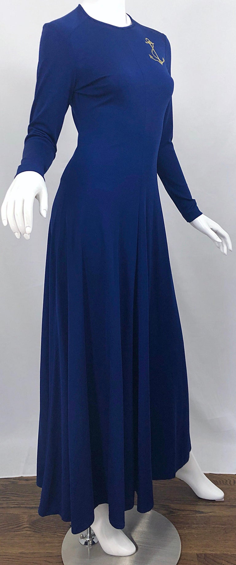Amazing 1970s Nautical Navy Blue + Gold Anchor Patch Vintage Jersey maxi Dress For Sale 3