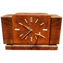 Amazing Art Deco Clock in Walnut, Aluminium and Brass, 1930, Italy
